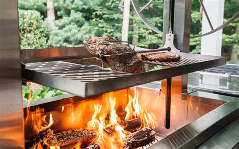 Wood Fire Grilling with Kalamazoo Gourmet - Barbecuebible