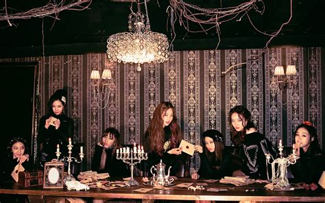 Dream Catcher reveal spooky 'black theme' group and