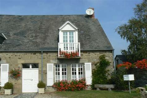 Courtils,photos and guide to the village in Normandy