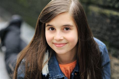 Standing ovation pour Carly 13 ans sur X Factor - Welovebuzz