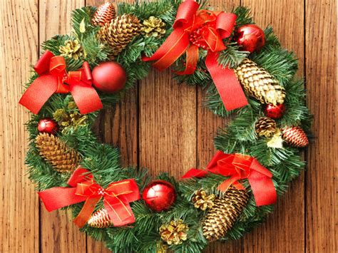 Significance Of The Christmas Wreath - Boldsky