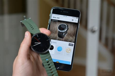 Moto 360 Can Pair With Android Wear on iOS After All