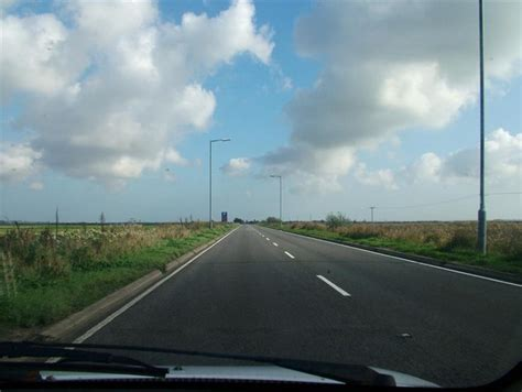 Acle Straight - Wikipedia