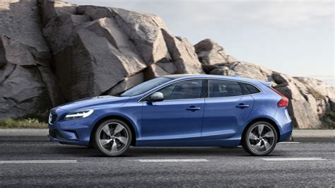 The Volvo V40, now with added Thor   Top Gear